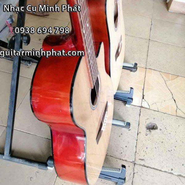 Đàn guitar acoustic cho người mới tập chơi - Chi tiết mặt eo đàn làm từ gỗ thông