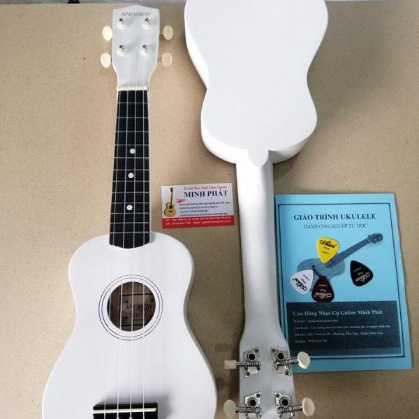 dan-ukulele-mau-trang-gia-re-quan-binh-tan
