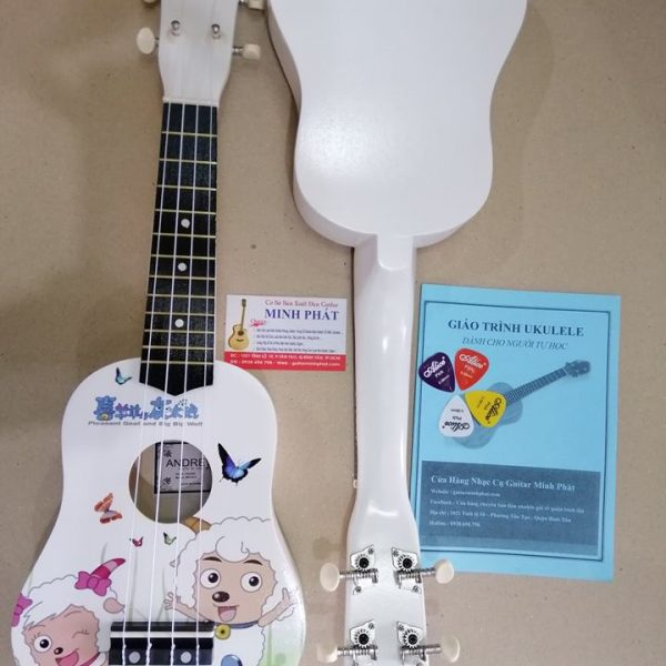 dan-ukulele-soprano-hinh-hai-chu-cuu-trang-quan-binh-tan-tphcm