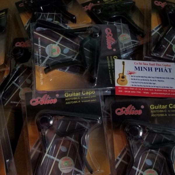 Mẫu Capo guitar Acoustic Alice A007D/BK-A giá 100k
