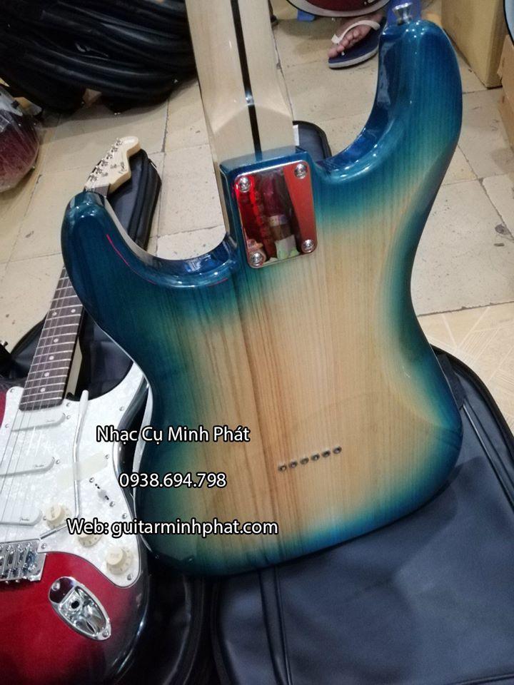 Guitar Điện Fender F-10 3