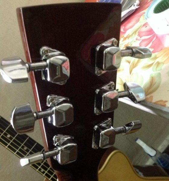 khoa-hop-dan-guitar-acoustic