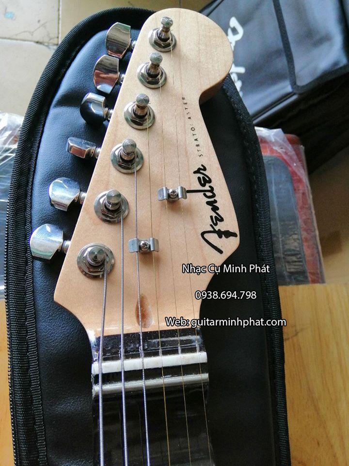 Đàn Guitar Điện Fender Phím Lõm 12