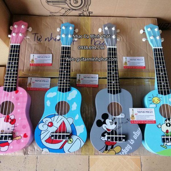 ukulele-soprano-cau-be-but-chi-shin-hello-kitty-doremon-mickey