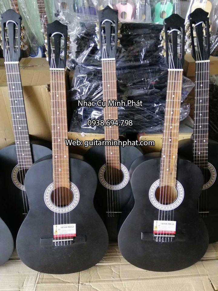 Đàn Guitar Classic Giá Rẻ Cho Người Mới Học 3